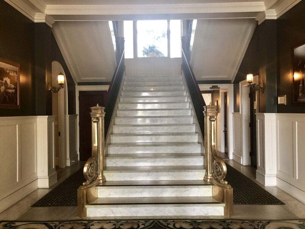 Marble entry way at the Glorietta Bay Inn