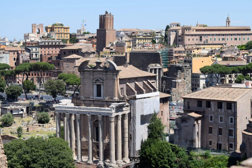 Roman Forum. 2 Weeks In Italy www.travelsofjenna.com/2-weeks-in-italy