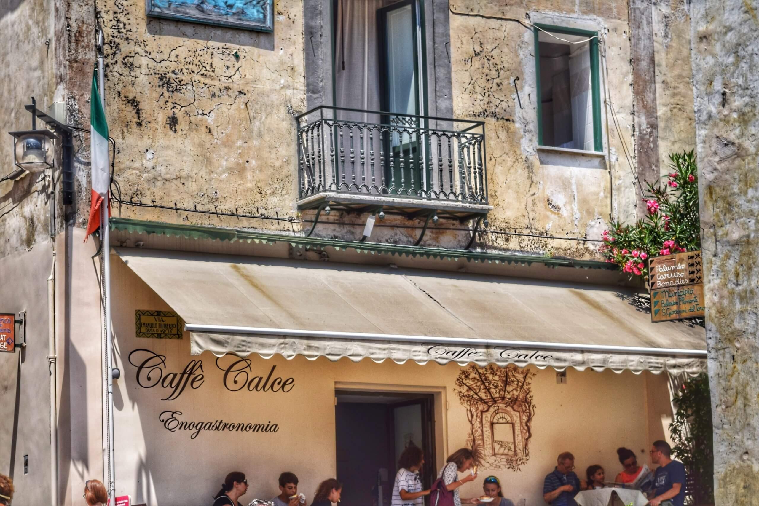 Caffe Calce